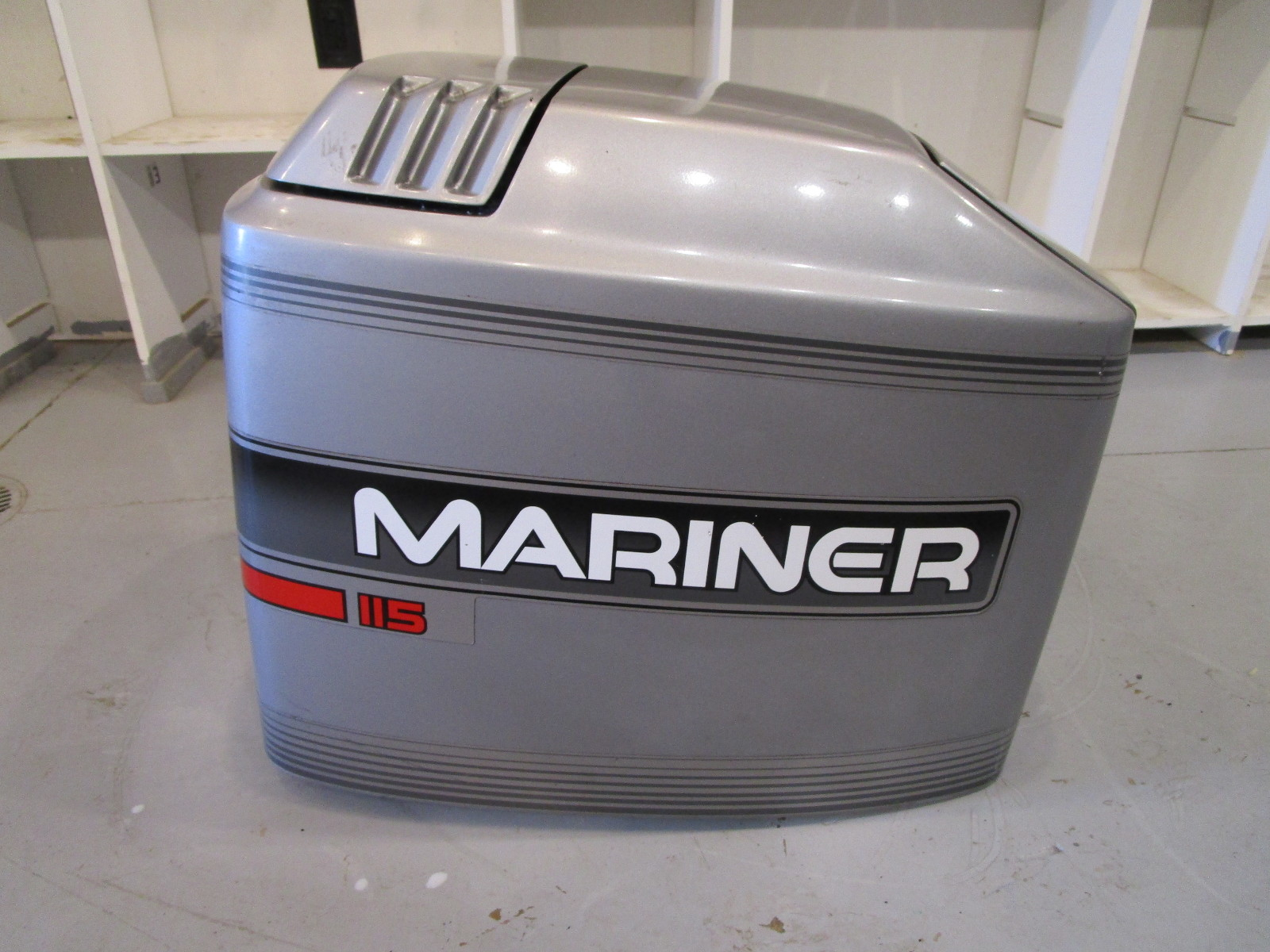 4026-828354A12 Mercury Mariner Outboard 115 HP 4 Cyl Top Cowl Engine Motor  Cover