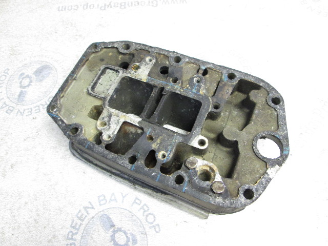327890 Evinrude Johnson 40 45 50 55 Hp Outboard Exhaust Adapter Plate