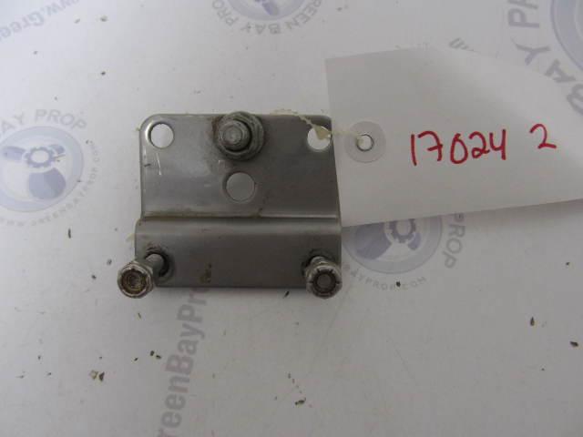 170242 8M0062171 Mercury Mariner 4-6 Hp Control Steering Hook Plate & Hardware