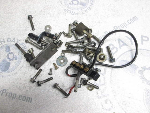 1975 Evinrude 15 Hp 2 Cyl Outboard Misc. Nuts Bolts Screws Washers Hardware