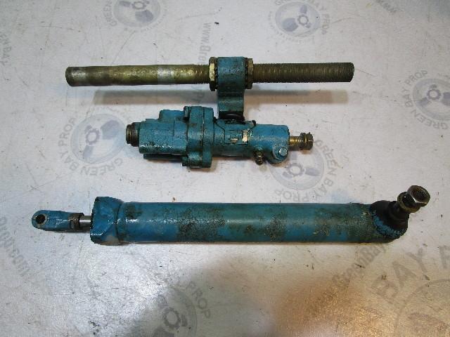 982559 OMC Chevy V6 V8 Stringer Power Steering Actuator Cylinder Assembly 982083