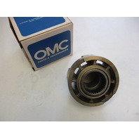 387152 0387152 OMC Johnson Evinrude Outboard Gearcase Bearing Housing Assembly