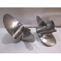 48-823667A60 48-823668A60 SST 26 Pitch Propeller Set for Mercruiser Bravo III