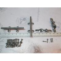 Set of 4 Stainless Steel Marine Boat Cleats & Skene Bow Chocks