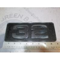 """Carver Yachts Metal """"32"""" Name Plaques Emblem 1980's 8 3/4"""" X 3 1/2"""""""
