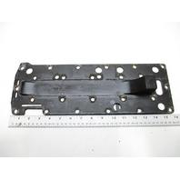 428791 Mercury Mariner Baffle Plate Exhaust Manifold Cover