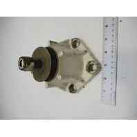 0909712 OMC Stringer GM 2.5L 120HP 4 Cyl Stern Drive Engine Mount Rear Selectrim