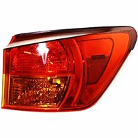 VAM Fits 05-Early 06 IS250, IS350 Right Rear Tail Light Lamp Assembly Outer