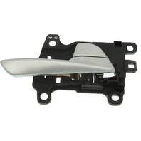 TUCSON 16-18 FRONT INTERIOR DOOR HANDLE RH, Silver, Plastic