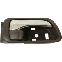 CAMRY 02-06 INTERIOR FRONT DOOR HANDLE RH, Brown Bezel, With Chrome Lever, Japan/USA Built Vehicle, (=REAR)