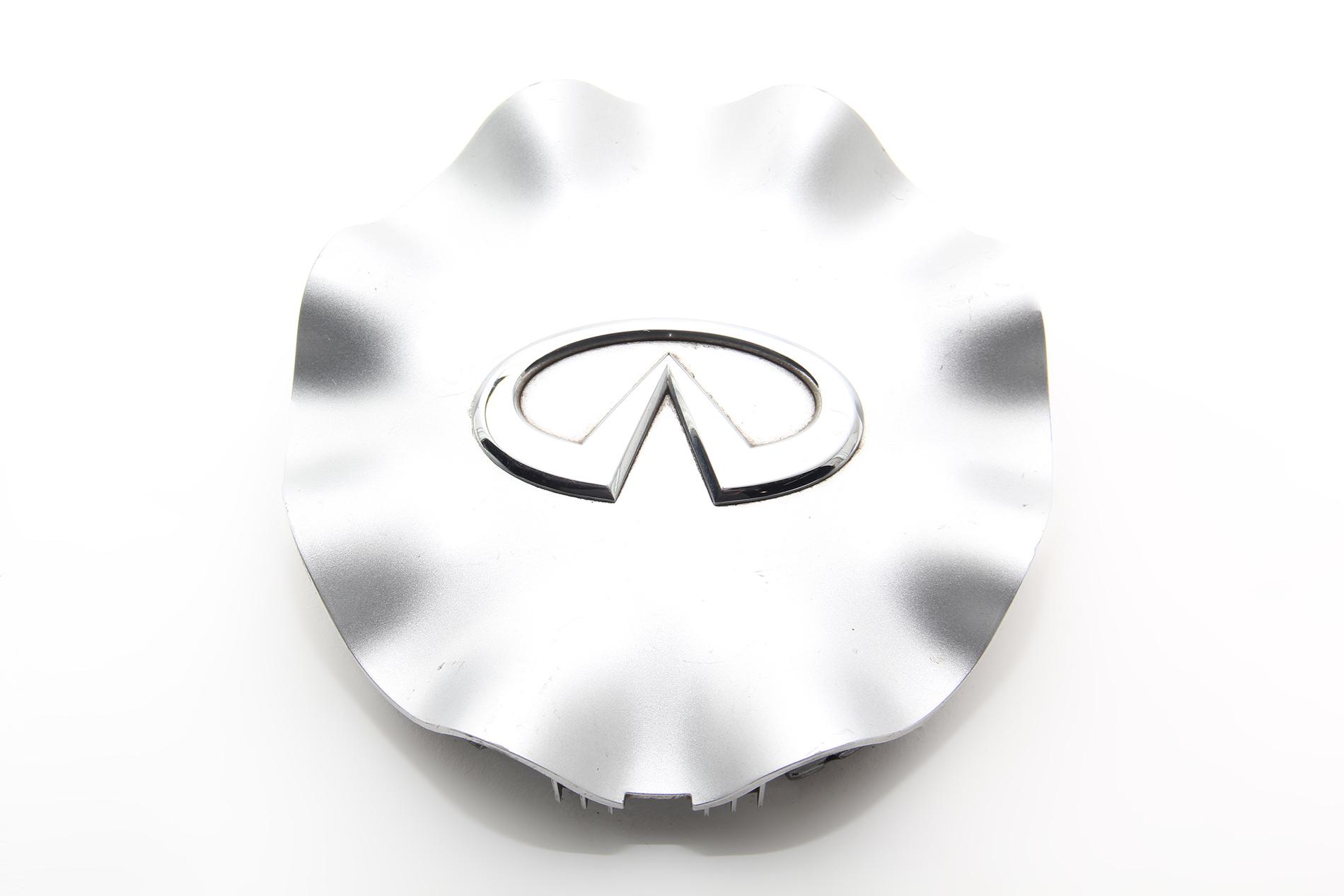 """Infiniti FX35 FX45 05 06 07 08 Alluminum Plastic Center 20"""" Wheel Cap OEM"""