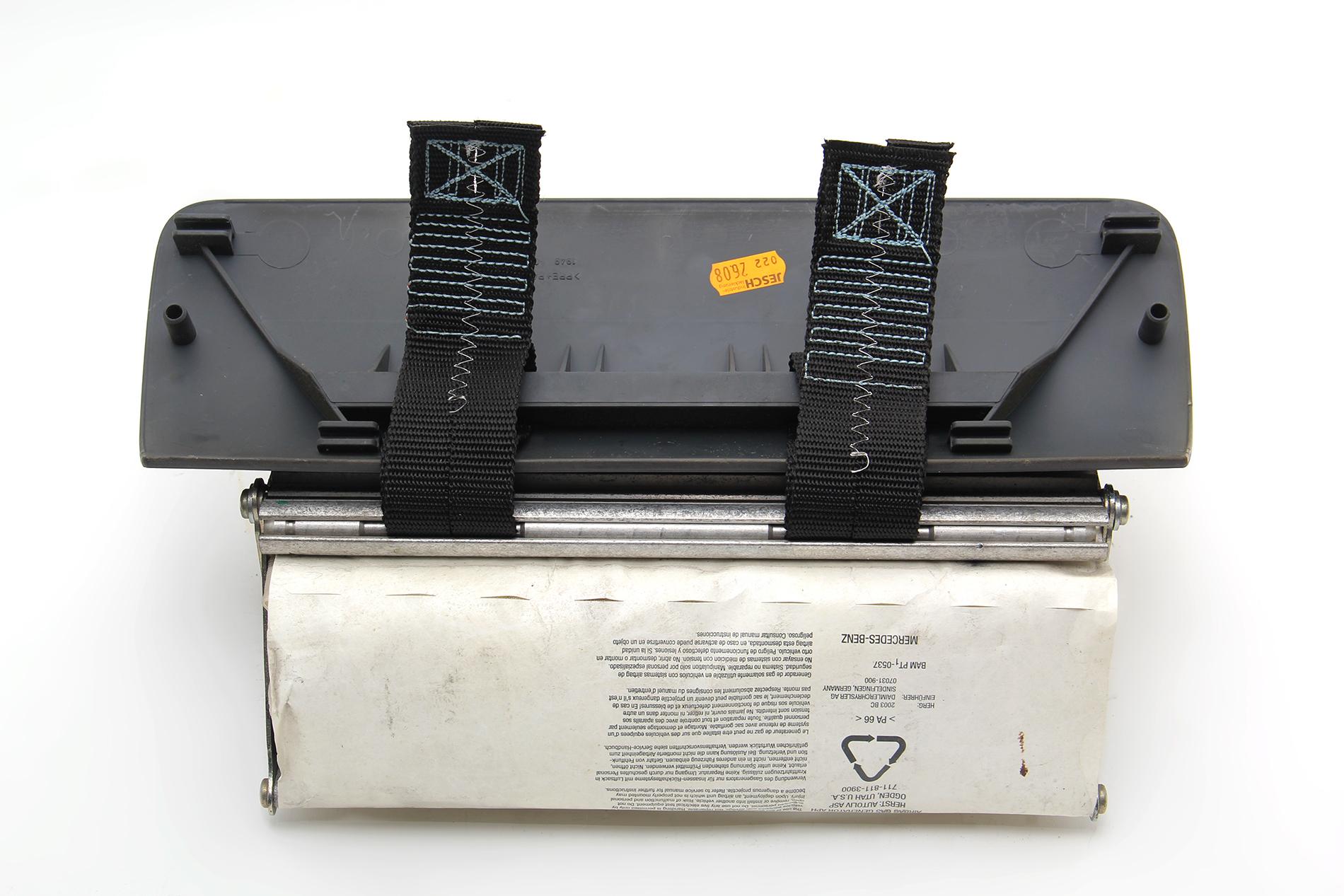 Dodge Sprinter 2500 Dashboard Air Bag Airbag Module 5124934AA OEM 04-06