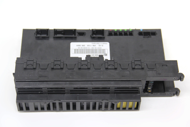 Mercedes Benz CLS500 Trunk Fuse Relay Box Unit 2115455101 OEM 06