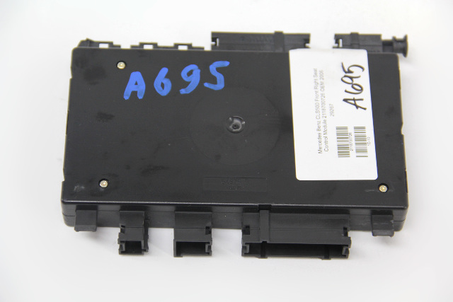 Mercedes Benz CLS500 Front Right Seat Control Module 2118700726 OEM 2006