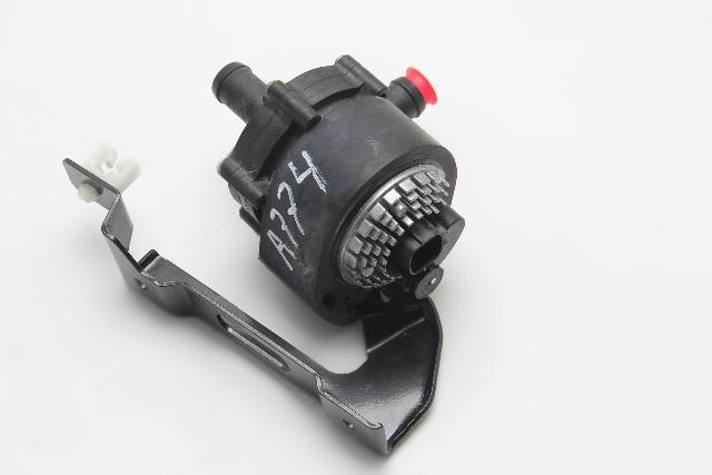 NIssan Leaf Water Coolant Motor Pump 21581-3NA0A OEM 2011-2012