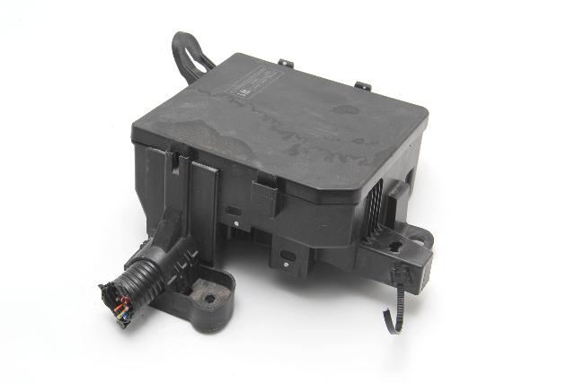 Nissan Leaf Intelligent Power Supply Module Controller IPDM 284B7-3NA1A, 2011-12