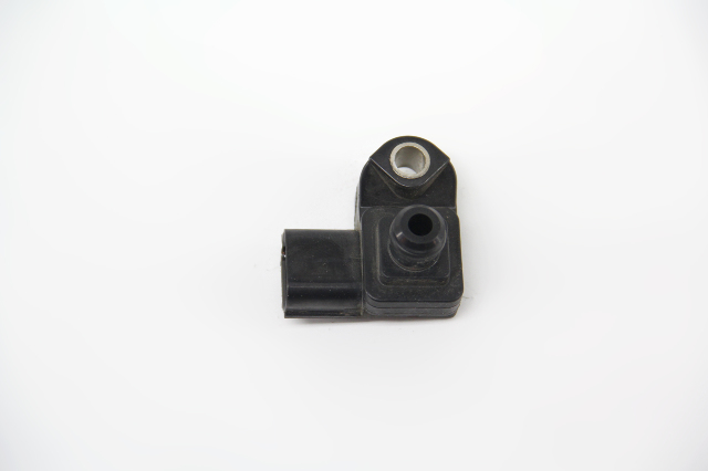 Acura TL Map Sensor Throttle Body Air Flow 37830-RNA-A01 OEM 09-14