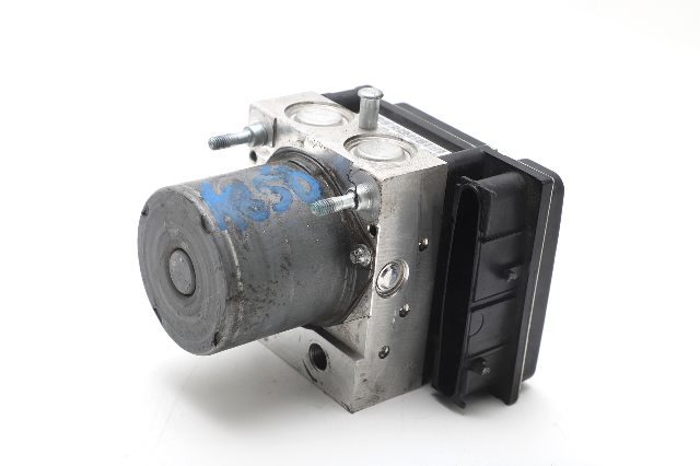 Toyota Venza Anti Lock System ABS Pump Module Actuator AWD 44050-0T030 OEM 13-16