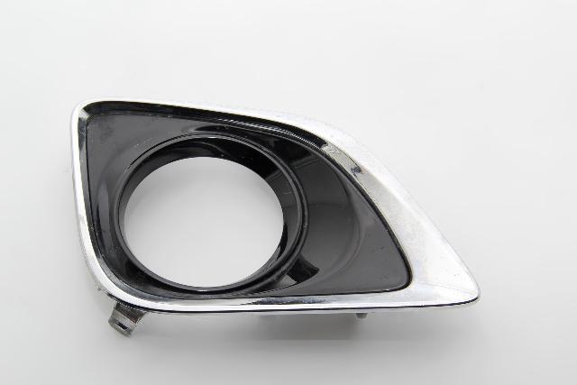 Toyota Venza Bumper Fog Grille Cover Bezel Right/Passenger 52030-0T010 OEM 12-15