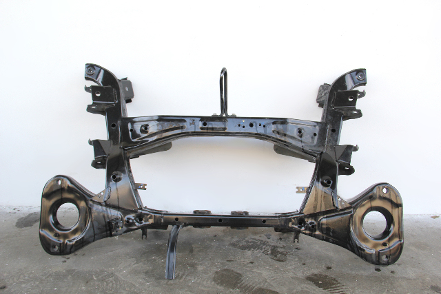 Infiniti QX56 Rear Crossmember Craddle 55400-ZC00C OEM 2007