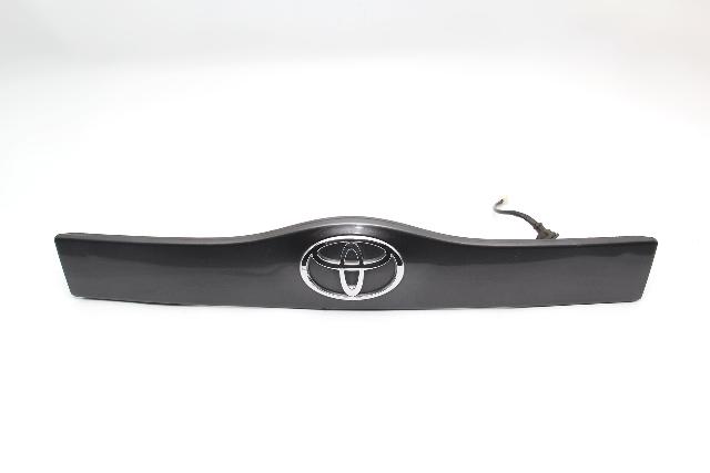 Toyota Prius Liftgate Lower Trim Panel Garnish  w/Emblem w/Smart Key 04-09 Gray