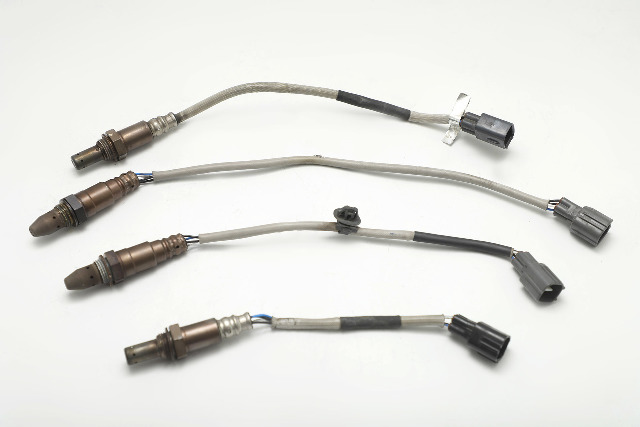 Lexus ES350 O2 Oxygen Sensor Set (4) Pieces Set OEM OEM 07-12 A927 2007, 2008, 2009, 2010, 2011, 2012