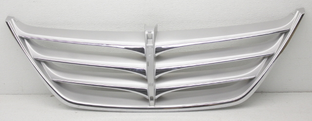 OEM Hyundai Genesis Upper Grille 86351-3M110 Tiny Scratch