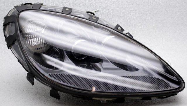 OEM Chevrolet Corvette Right Passenger Side Headlamp Lens Scratches Black