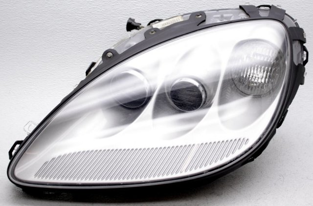 OEM Chevrolet Corvette Left Driver Side HID Headlamp Scratches Silver 67U