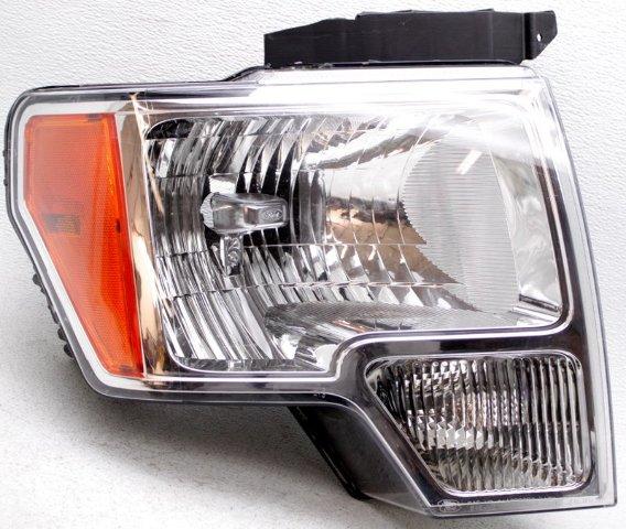 OEM Ford F150 Right Passenger Side Halogen Headlamp Tab Missing DL3Z-13008-A