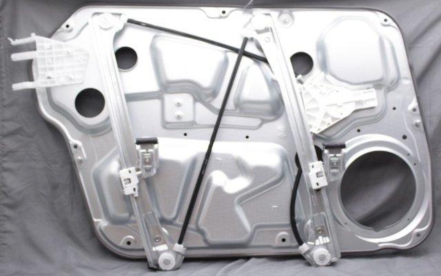 OEM Hyundai Sonata Right Passenger Side Front Door Window Regulator