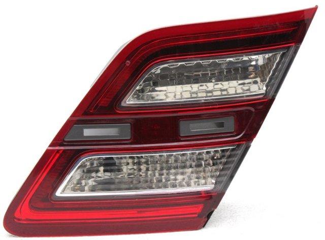 OEM Ford Taurus Right Passenger Side Tail Lamp Lens Chips DG1Z13404L