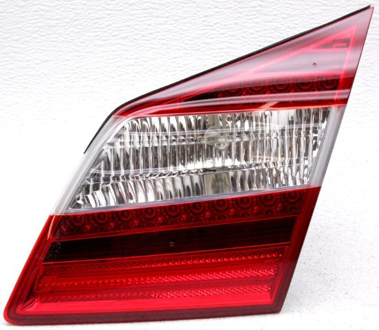 OEM Hyundai Genesis Sedan Right Passenger Side Tail Lamp 92404-3M250