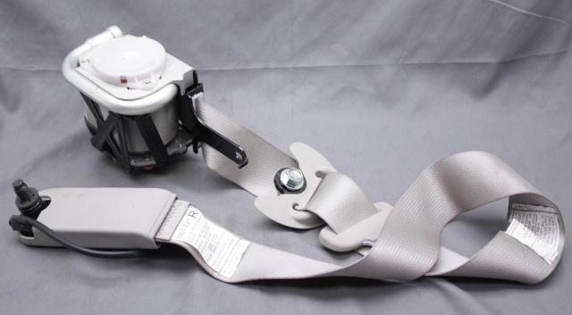 OEM Hyundai Azera Gray Front Right Passenger Side Seat Belt 88820-3L611X6