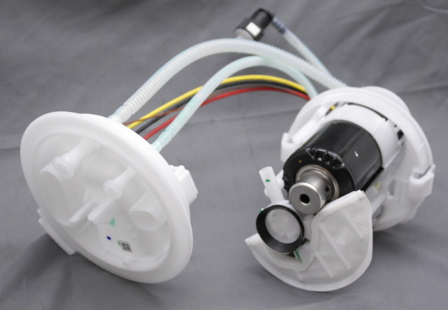 OEM Audi Q7 Tank Mounted Fuel Pump 4M091-9087G