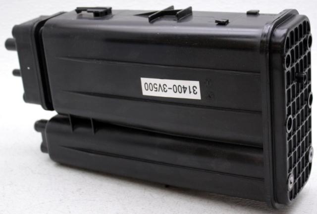 OEM Hyundai Azera Charcoal Canister Fuel Vapor Filter Canister 31410-3V500
