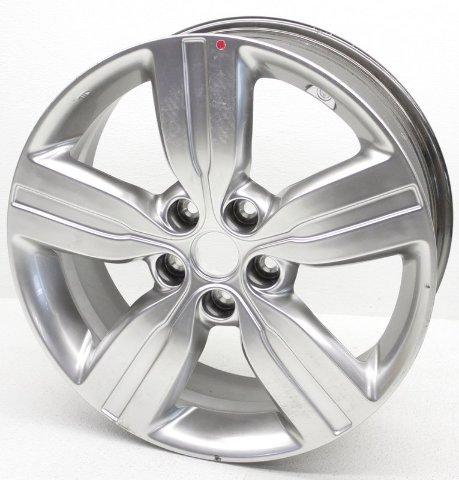OEM Kia Sorento 18 inch Wheel Scratches 52910-1U285