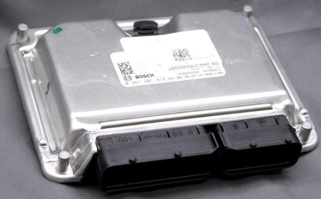OEM Volkswagen Beetle Engine Control Module 07K906032BT