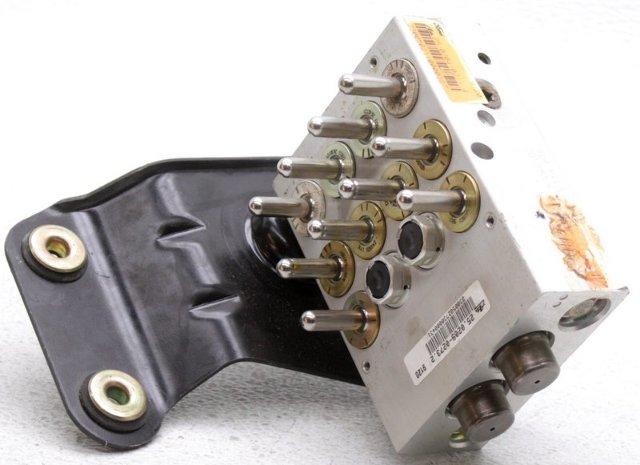 ABS Brake Pressure Regulator Valve Block 1993-1997 Thunderbird Cougar Mark VIII
