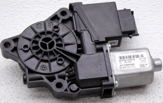 OEM Hyundai Tucson Driver Side Front Power Window Motor 82450-D3010