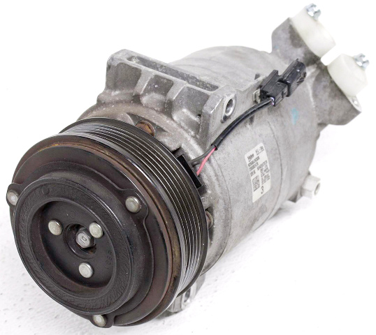Taxi NEW A//C Compressor for Chevrolet City Express /& Nissan NV200