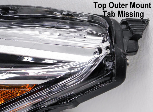 OEM Nissan Altima Sedan Left Driver Side Halogen Headlamp Tab Missing