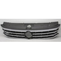 OEM Volkswagen Passat R-Line Grille Silver Trim 561-853-651-TNLB Scratches
