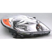 OEM Nissan Versa Sedan Right Passenger Side Halogen Headlamp Tab Missing