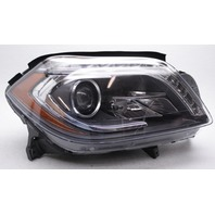 OEM GL-Class (166 Type) Right HID Headlamp 166-820-586-1 Lens Scratches