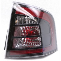 OEM Ford Edge Right Passenger Side Halogen Tail Lamp Lens Crack