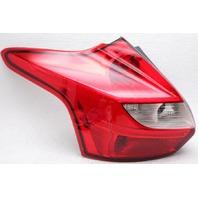OEM Ford Focus Hatchback Left Driver Side Halogen Tail Lamp Lens Chip