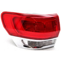 Non-US Market Jeep Grand Cherokee Left Side Tail Lamp Lens Chip