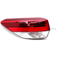 OEM Toyota Highlander Left Driver Side LED Tail Lamp Lens Chips 81560-0E161