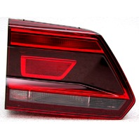 NON-US Market OEM Volkswagen Atlas Left Driver Side Halogen Tail Lamp